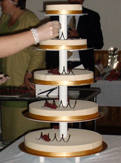 Bröllopstårta på gång