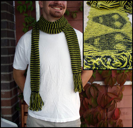 Alien scarf