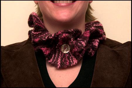 Brun-rosa krullig krage