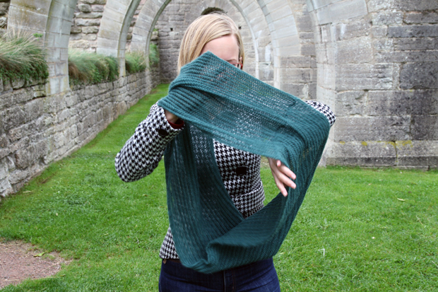 Drapering av patentstickad sjal