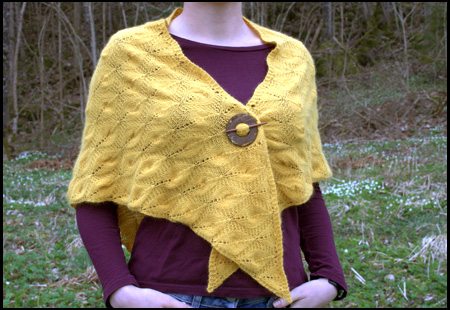 Brandgul Candle Flame shawl